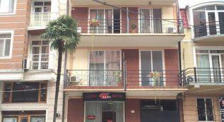 Elio Hotel
